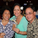 KSAA O'ahu Region President Jan Burns KSKʻ79, Kenlyn Urasaki KSKʻ79 and Tracy Urasaki