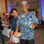 Nancy Brenner and Mark Crabbe KSK'80 enjoy refreshments provided by Highway Inn at Kaka'ako and Juicd Life.